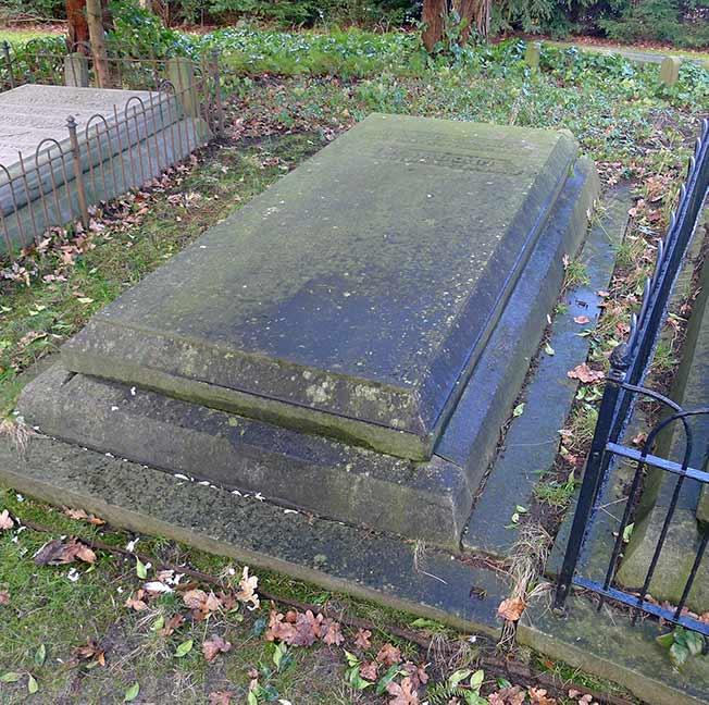 Graf L6, Walkert, Oude Algemene Begraafplaats Zeist