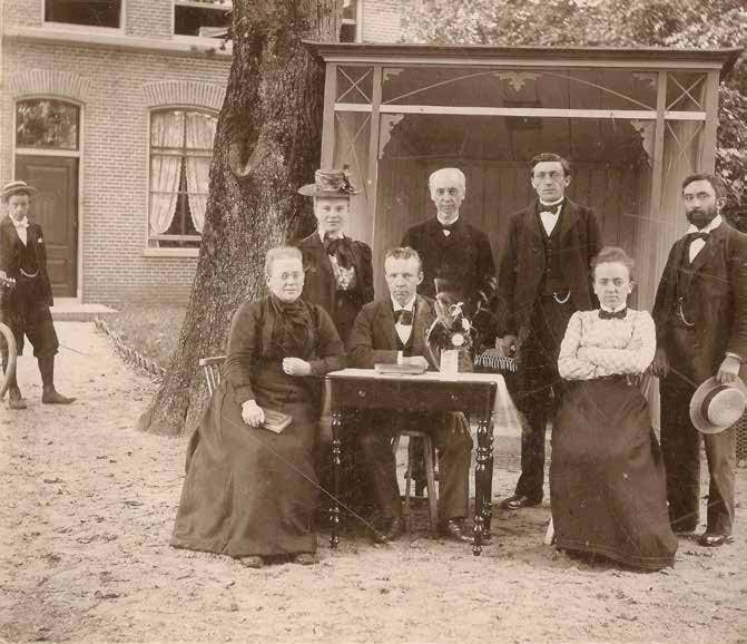 Foto onderwijsteam. Omstreeks 1905.