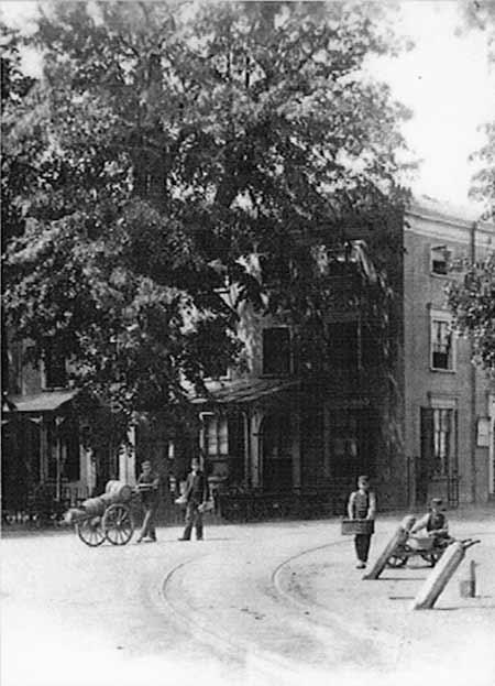 Azijnkar voor Hotel Hermitage, Zeist