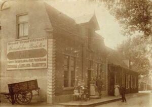 Waterigeweg 3 en 7, circa 1895